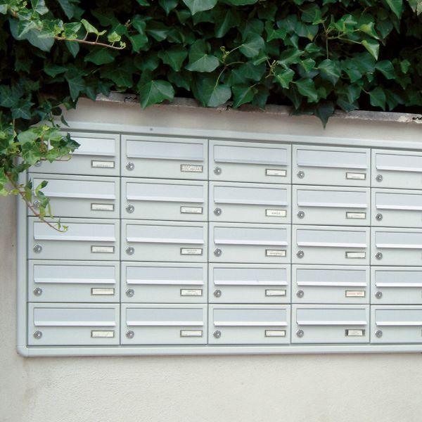 Unterputz Briefkastenanlage UP1 lackiert